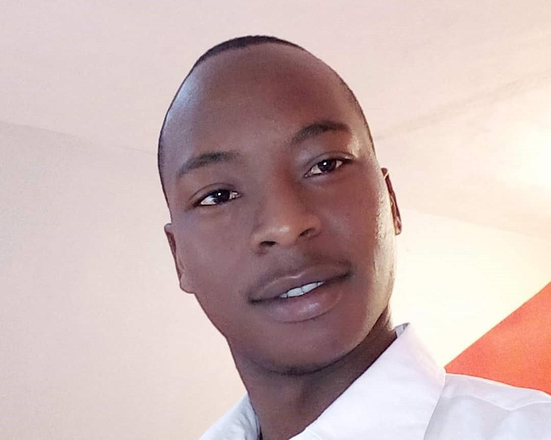 Robert Makau